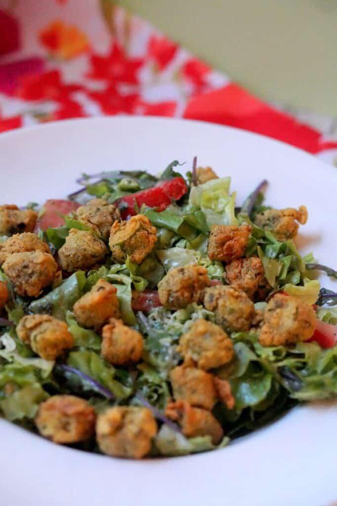 Fried okra salad in a bowl.